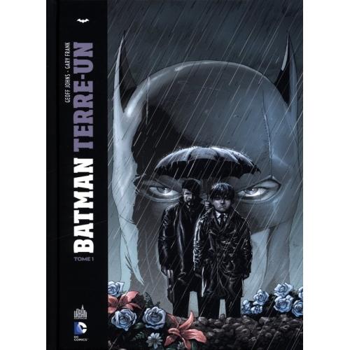 Batman : Terre Un tome 1 (VF) cartonné